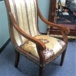 E13 arm chair