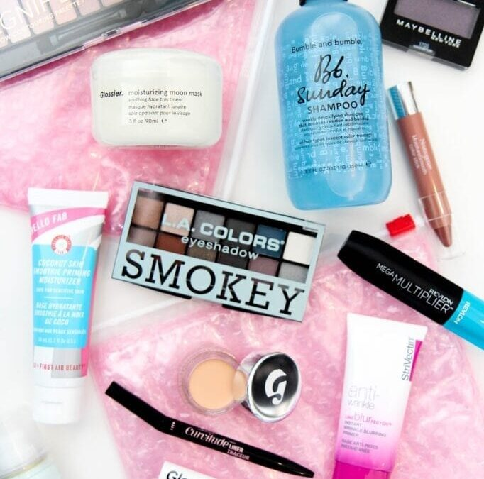 I'm Finally Trying Glossier! (And Other Beauty Additions)
