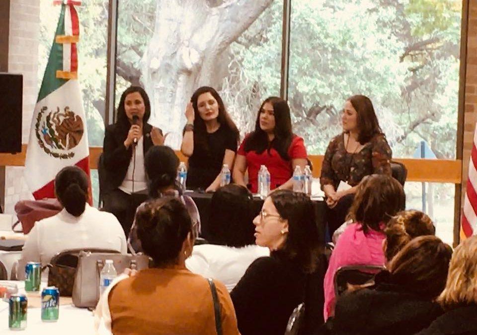 Larissa Dávila participa en 3era Conferencia Anual de Mujeres organizada por el Consulado General de México en Austin