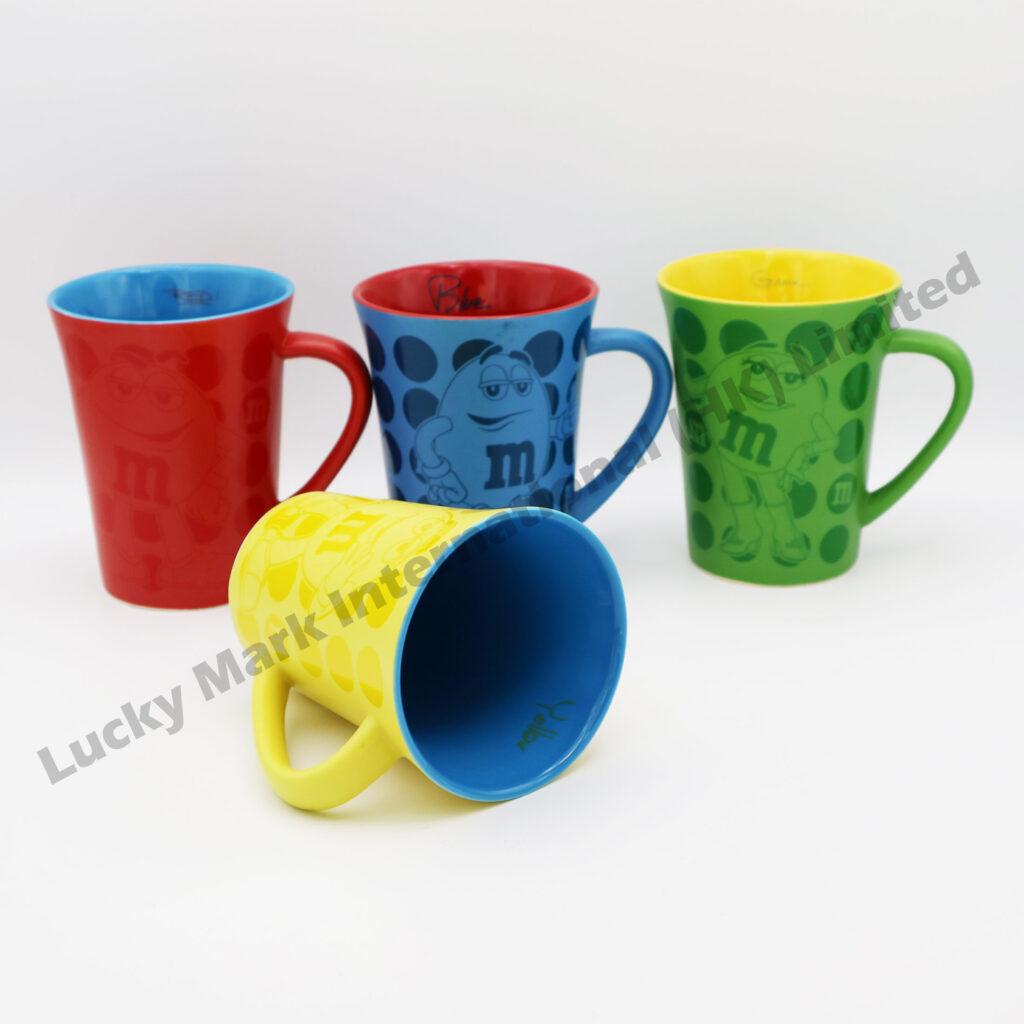 Souvenir m&m Colorful Mugs Audit