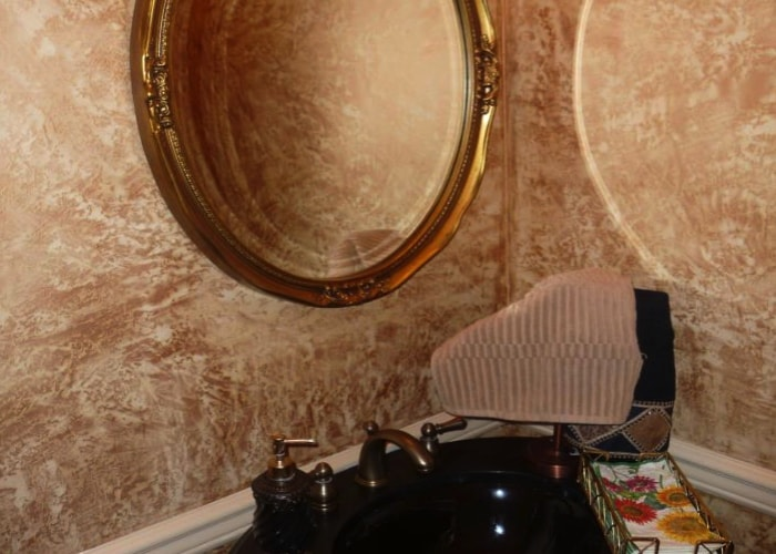 venetian plaster powder room-min