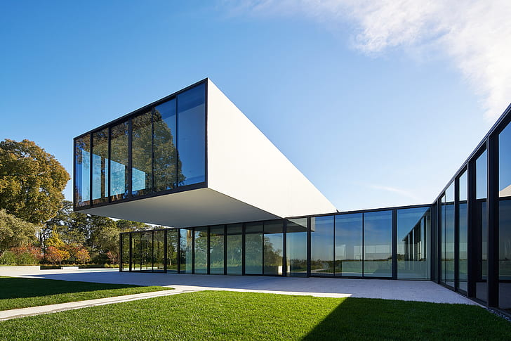Live In Glass House By Maintaining Privacy