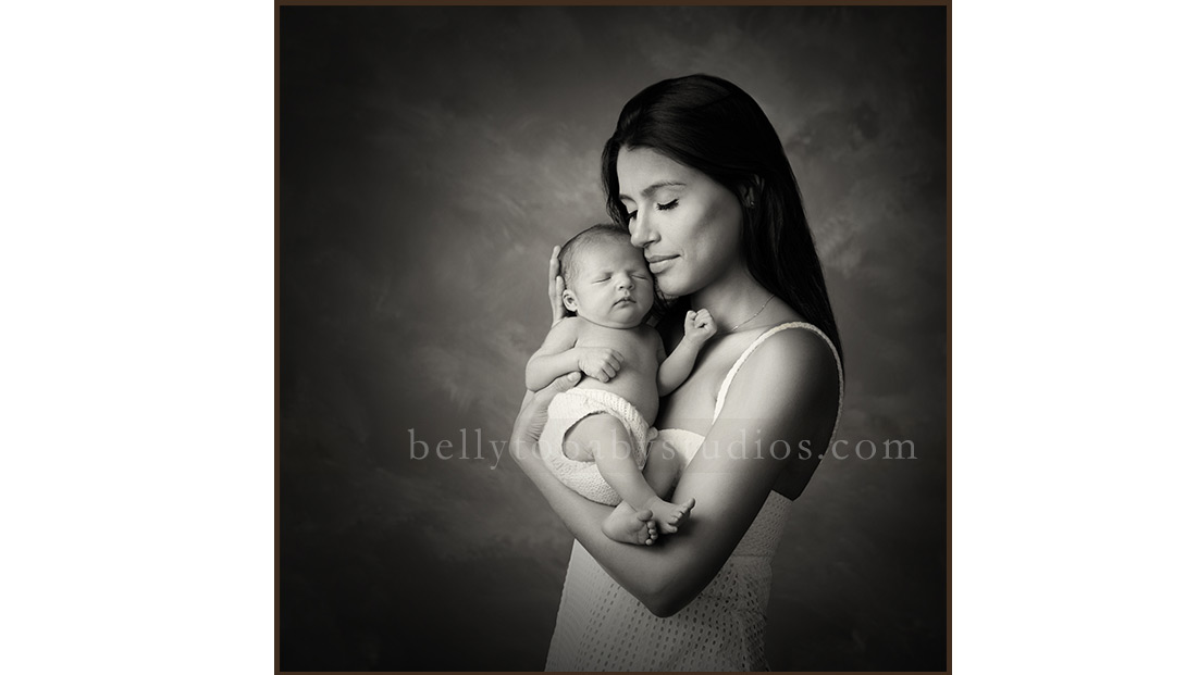 Newborn Family Portrait Photographer