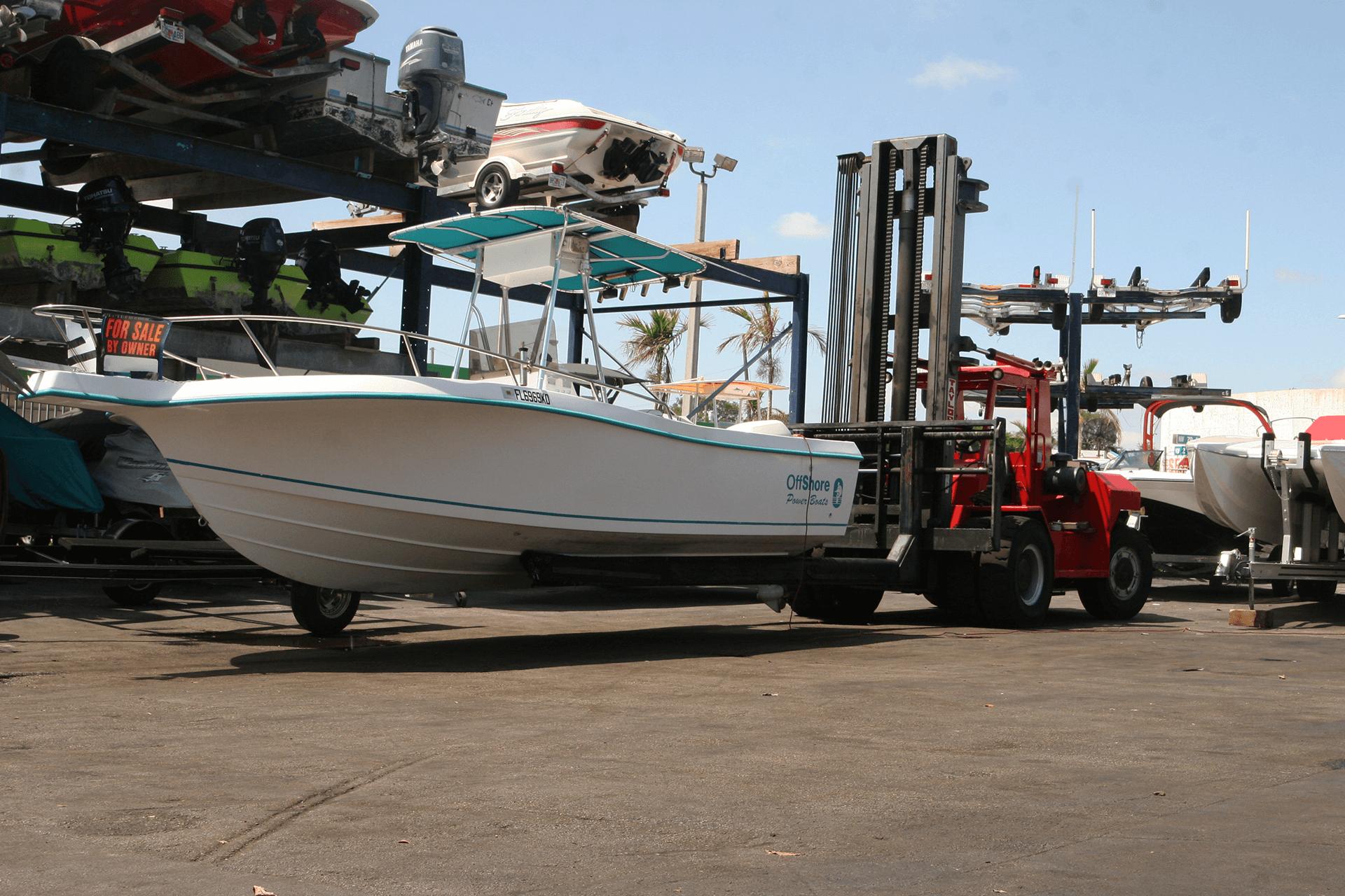 store-boat-in-miami-florida