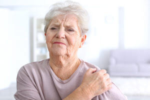 Can Shoulder Pain Flare Up Years After an Injury?
