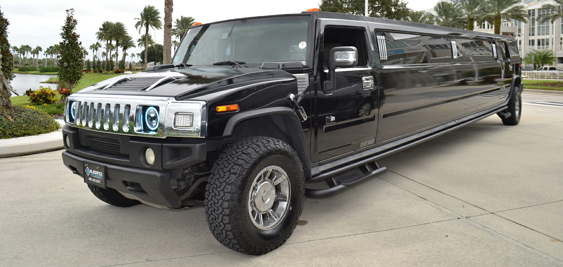Hummer Limo Exterior