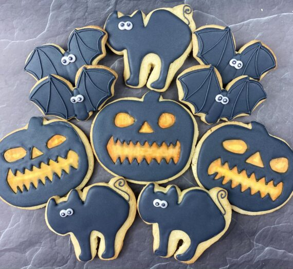 Halloween Pumpkins, Bats and Cats