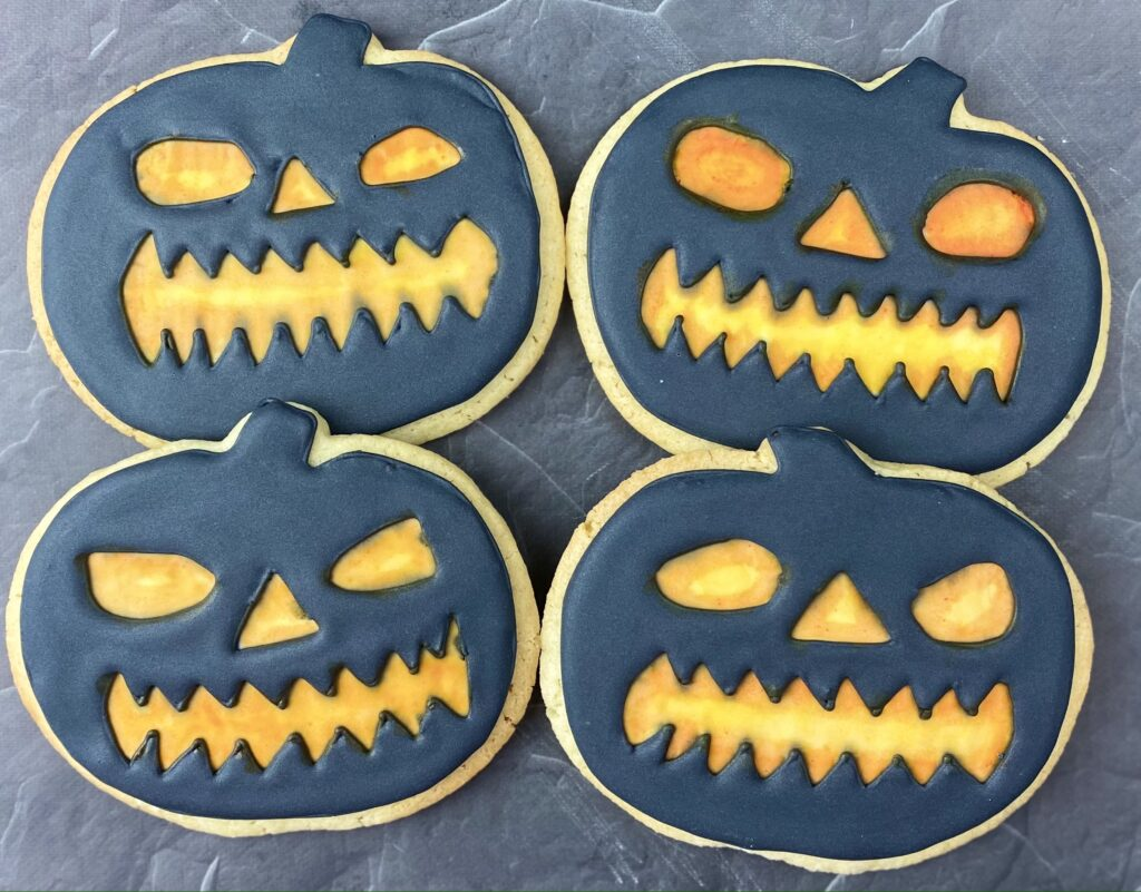 Pumpkins for Halloween Pumpkins, Bats and Cats Cookies