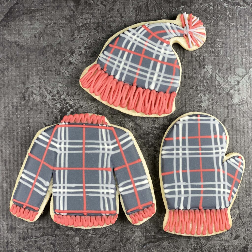 Staying Gnome for the Holidays Plaid set