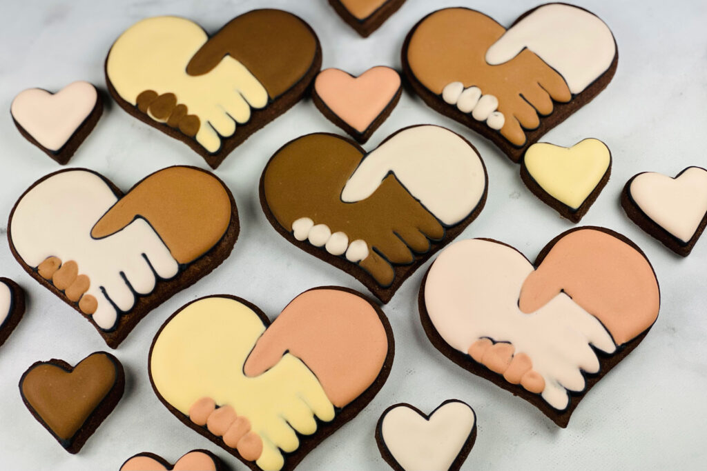 United by Love Cookie set