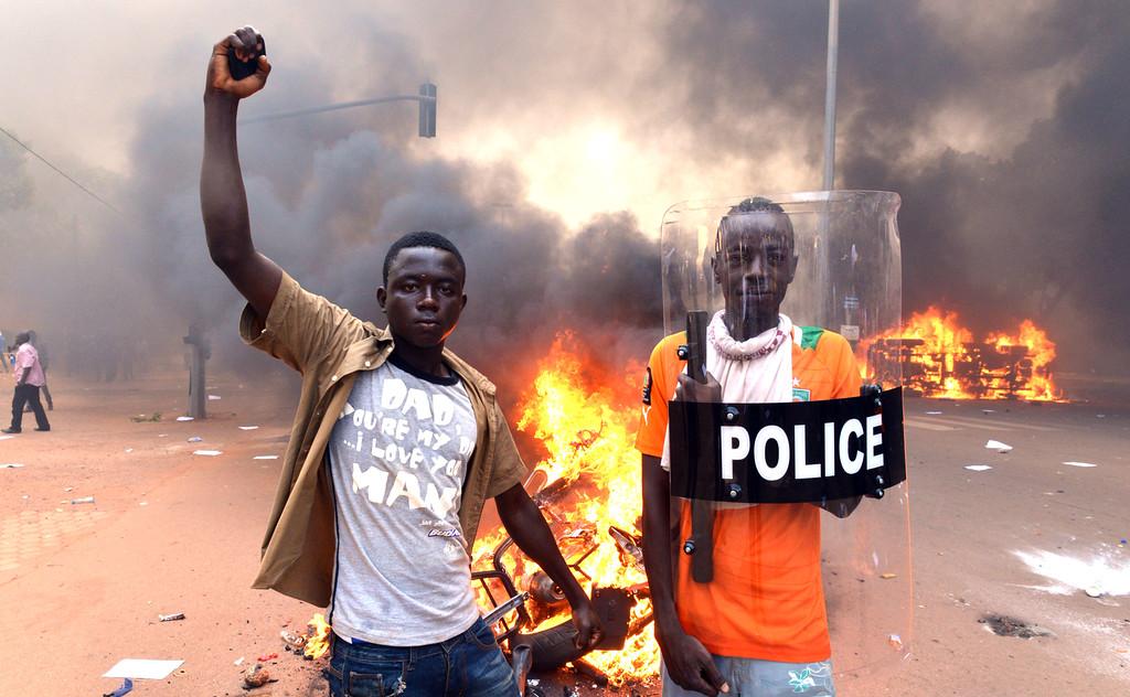 """""""TOPSHOTS 2014-BURKINA-POLITICS-PROTEST-PARLIAMENT"""""""