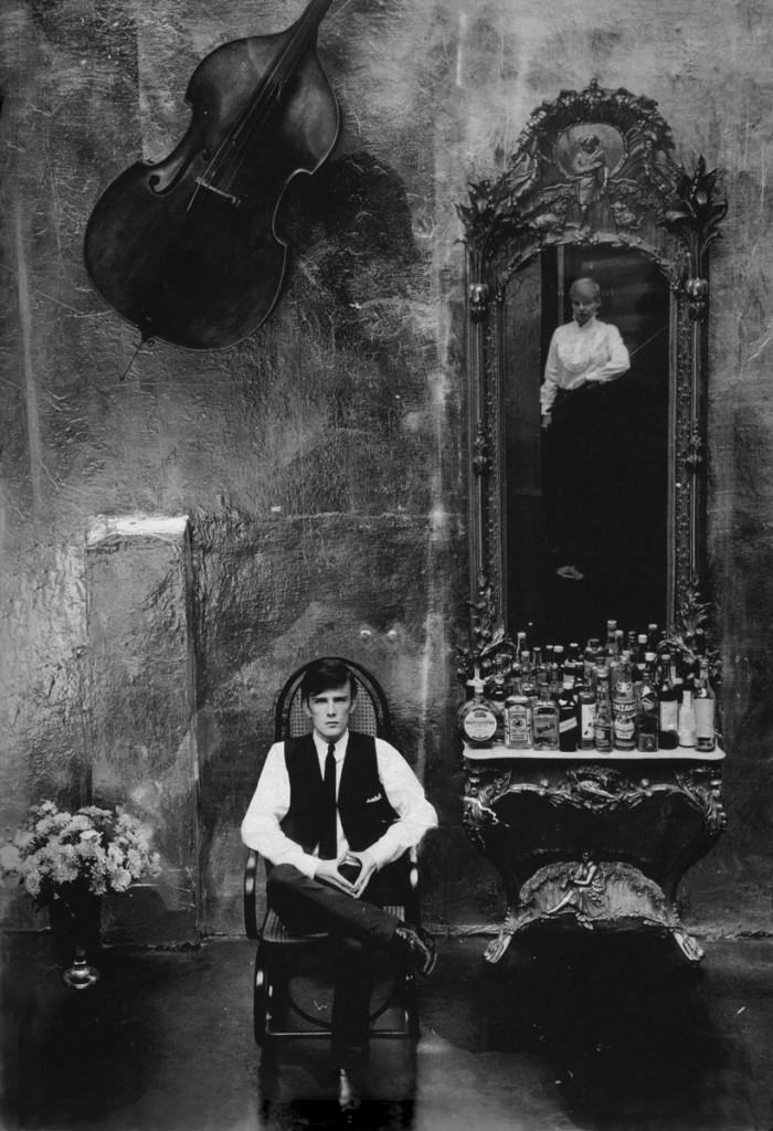 A fotógrafa alemã Astrid Kirchherr e o ex-Beatle Stuart Sutcliffe, em 1961.