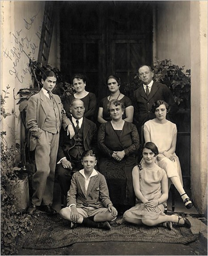 Frida Kahlo com 16 anos em 1924