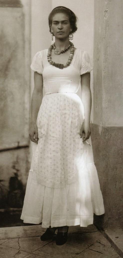 Frida Kahlo com 21 anos em 1929
