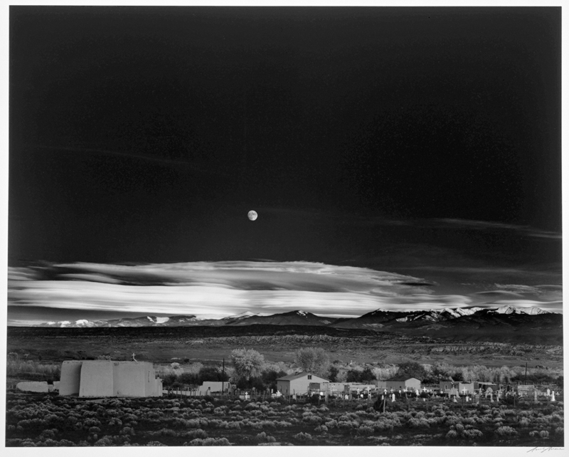 A famosa foto Moonrise, de Ansel Adams