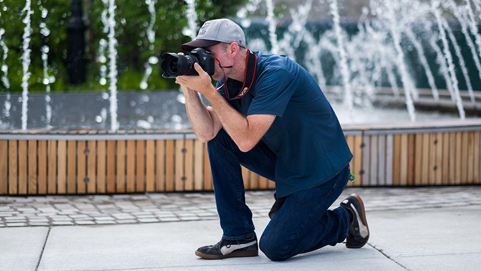 iphoto-como-segurar-direito-a-camera-fotografica-1