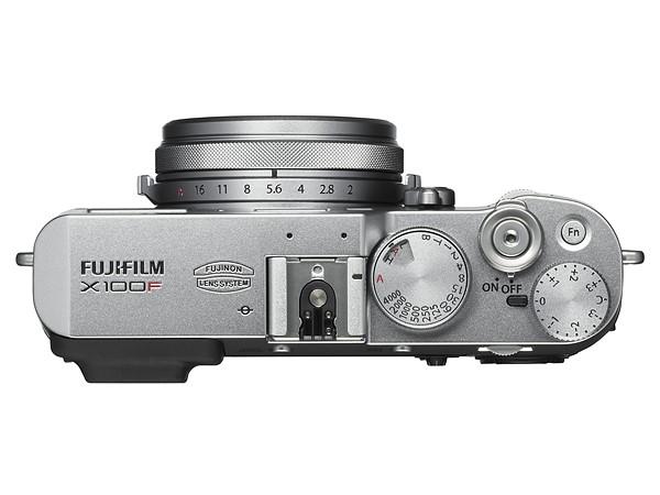 iphoto-fujifilm-x100f-camera-fotografica-1