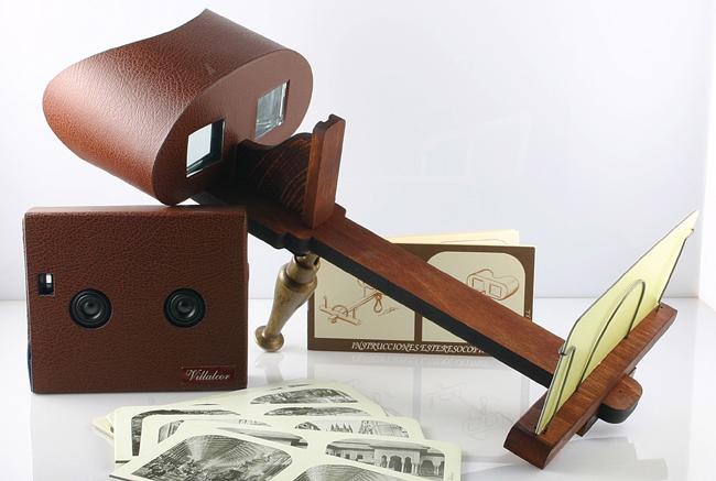 Visor usado para apreciar as fotos de estereoscópio