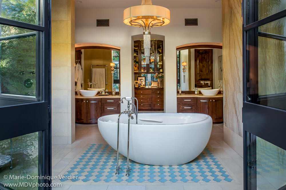 Dorado Designs Bella Blanca - Master Bath