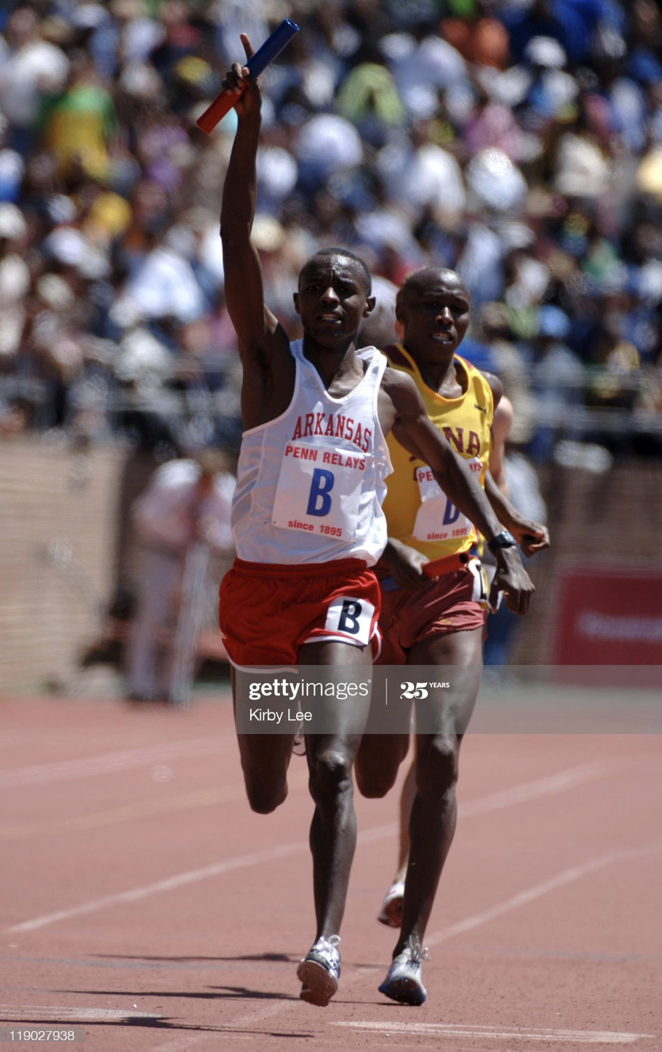 Josphat Boit anchors the 2006 4 X MILE Relay with a 3.59.4 - 16.14.92