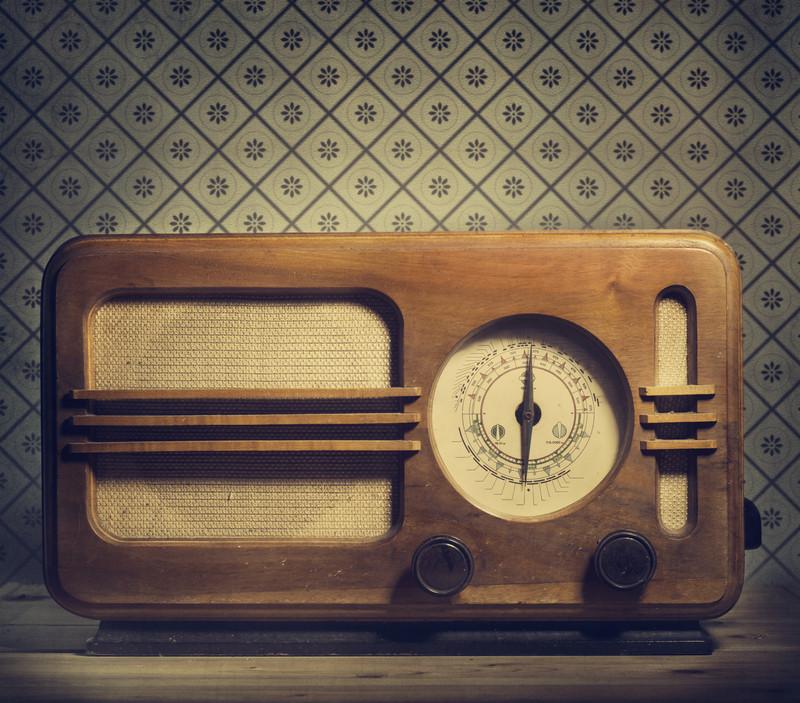 vintage radio canstockphoto