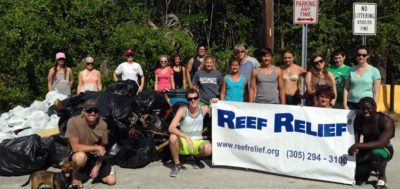 Volunteer at Reef Relief's International Coastal Cleanup Day Site