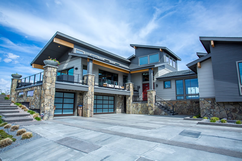 parade_home_reno_tahoe_glass