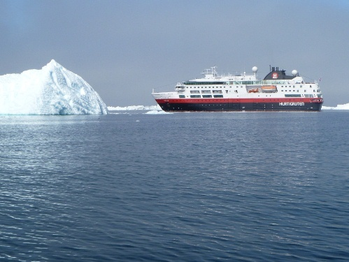Hurtigruten Fram in Greenland