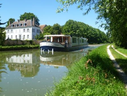French Country Waterways' Princess on the Briare Canal