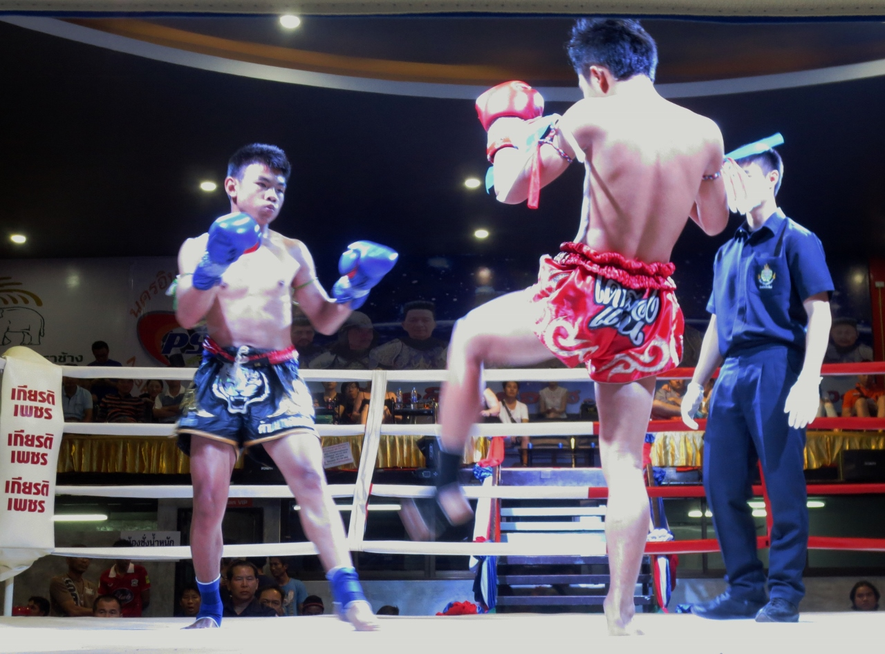Thai kickboxing