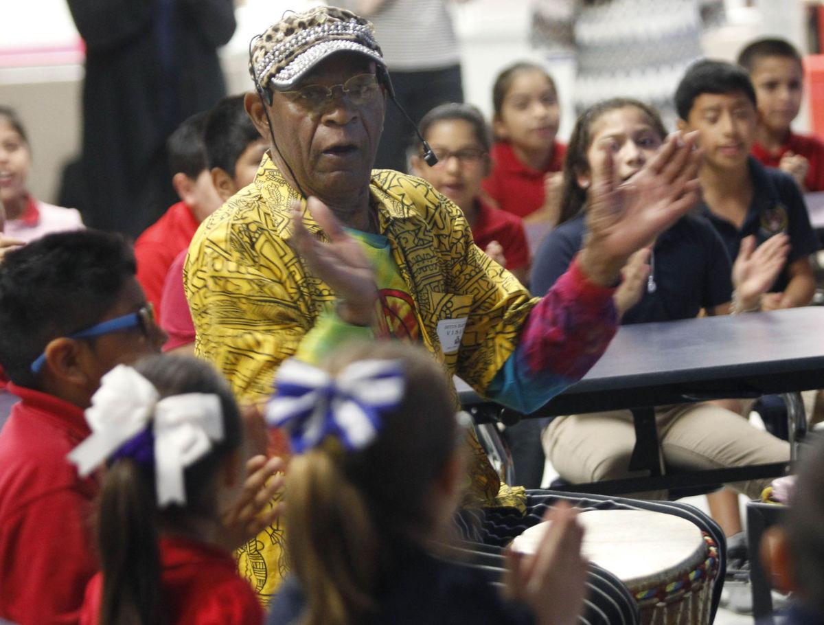 Author encourages Edinburg third-graders as FESTIBA kicks off