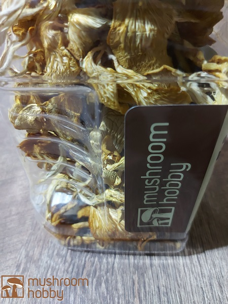 Dehydrated Mushrooms and powders