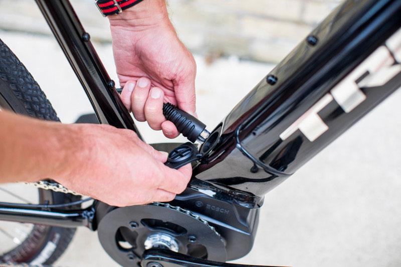 Trek 2019 Dual Sport+ e-bike, charge port