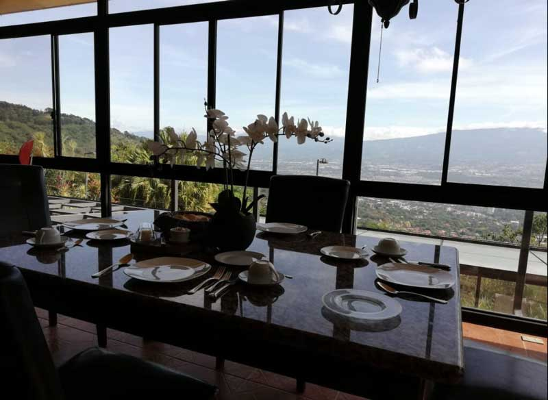 Breakfast at Panorama Penthouse