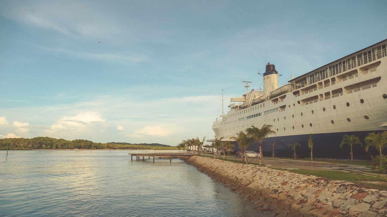 Bintan's Gorgeous Doulos Phos Ship Hotel