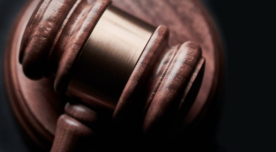 LA County bar, others oppose paraprofessionals in court