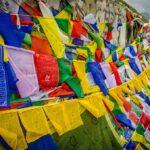 Bandeiras de oração budistas - Rhotang Pass, Himachal Pradesh, Índia