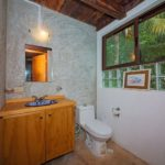 20.- Centro Holistico - 1st Floor Twin Bathroom