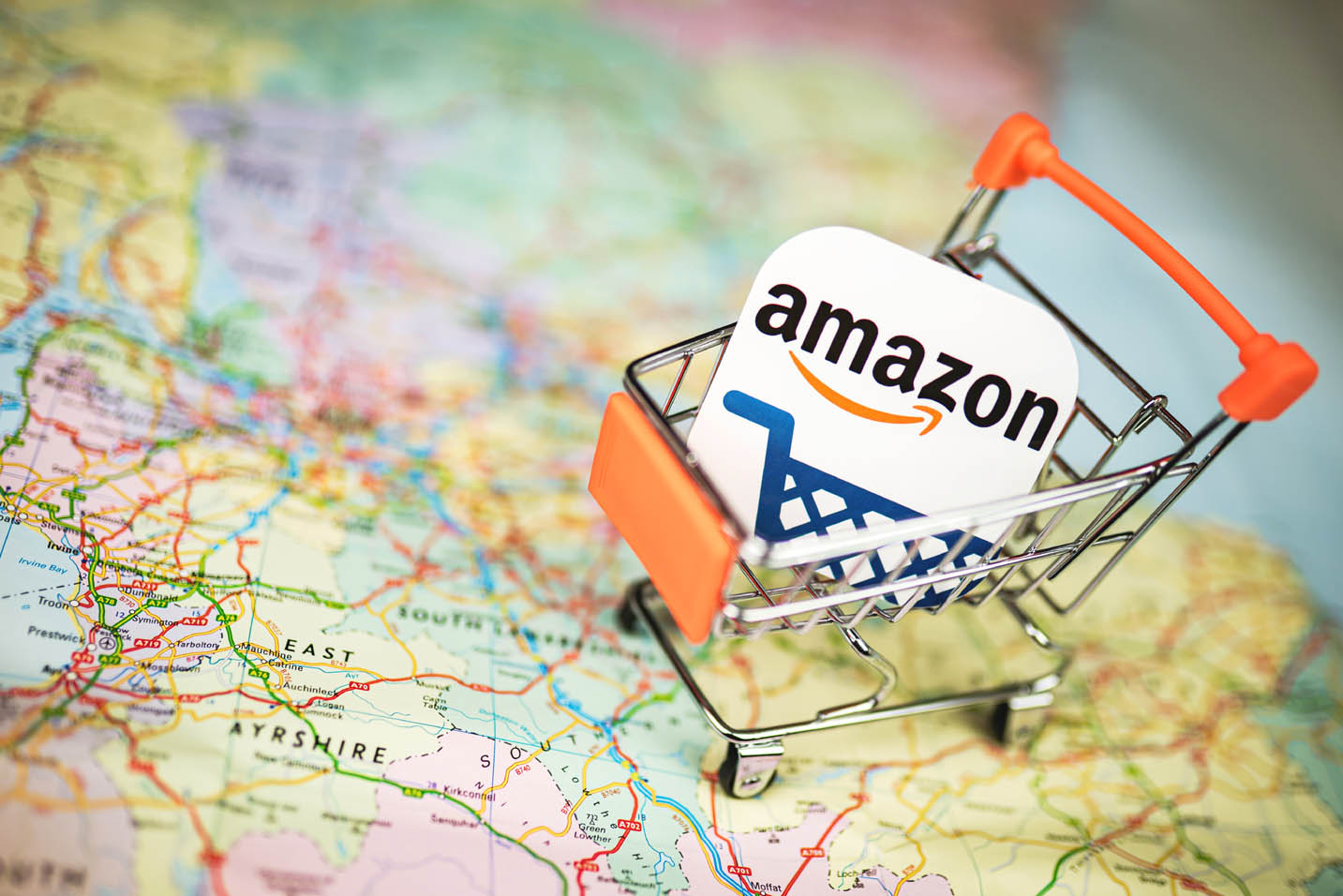 amazon on map with shopping cart