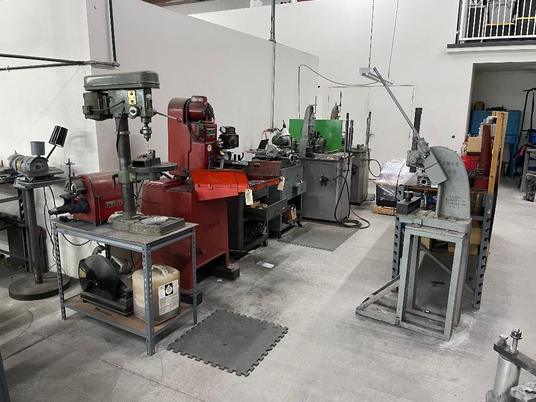 Rods and rocker station
