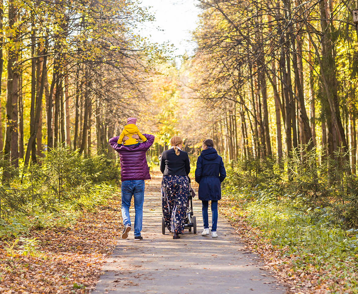 Fall Social Distancing Activities for the Family