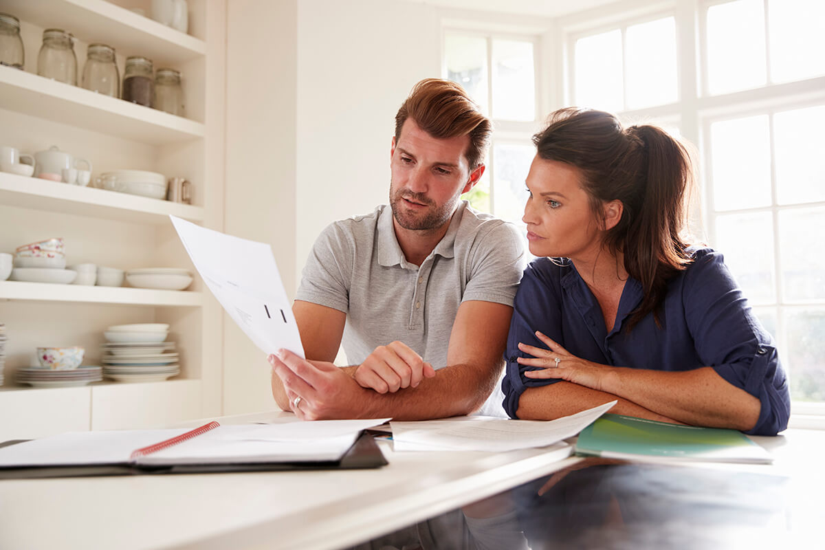 Managing Financial Stress in a Relationship