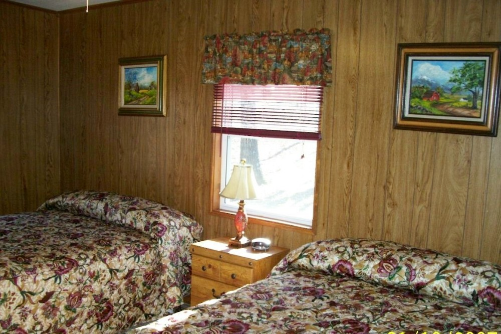 Heights lodge double queen room