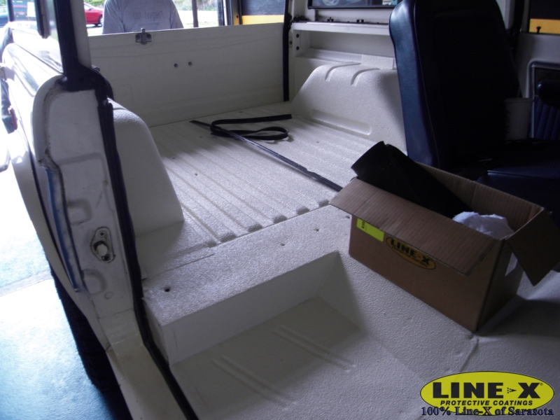 jeeps_line-x00136