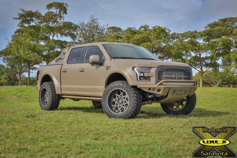 Ford_Raptor_001