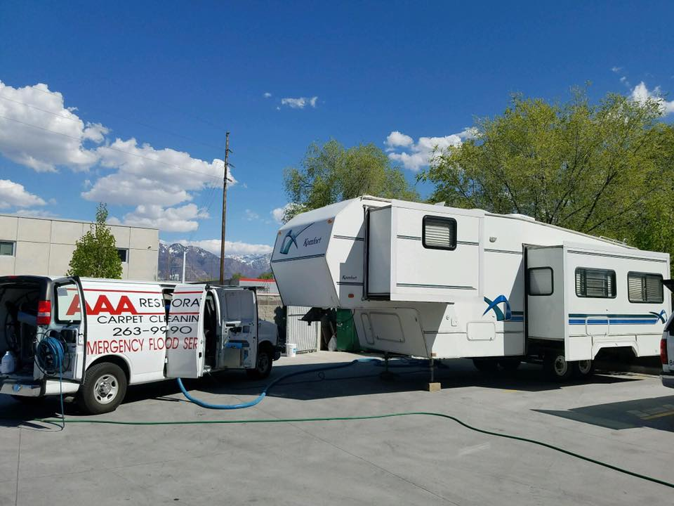 motorhome cleaning