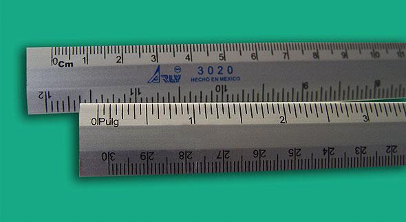 regla miniatura 20 cm
