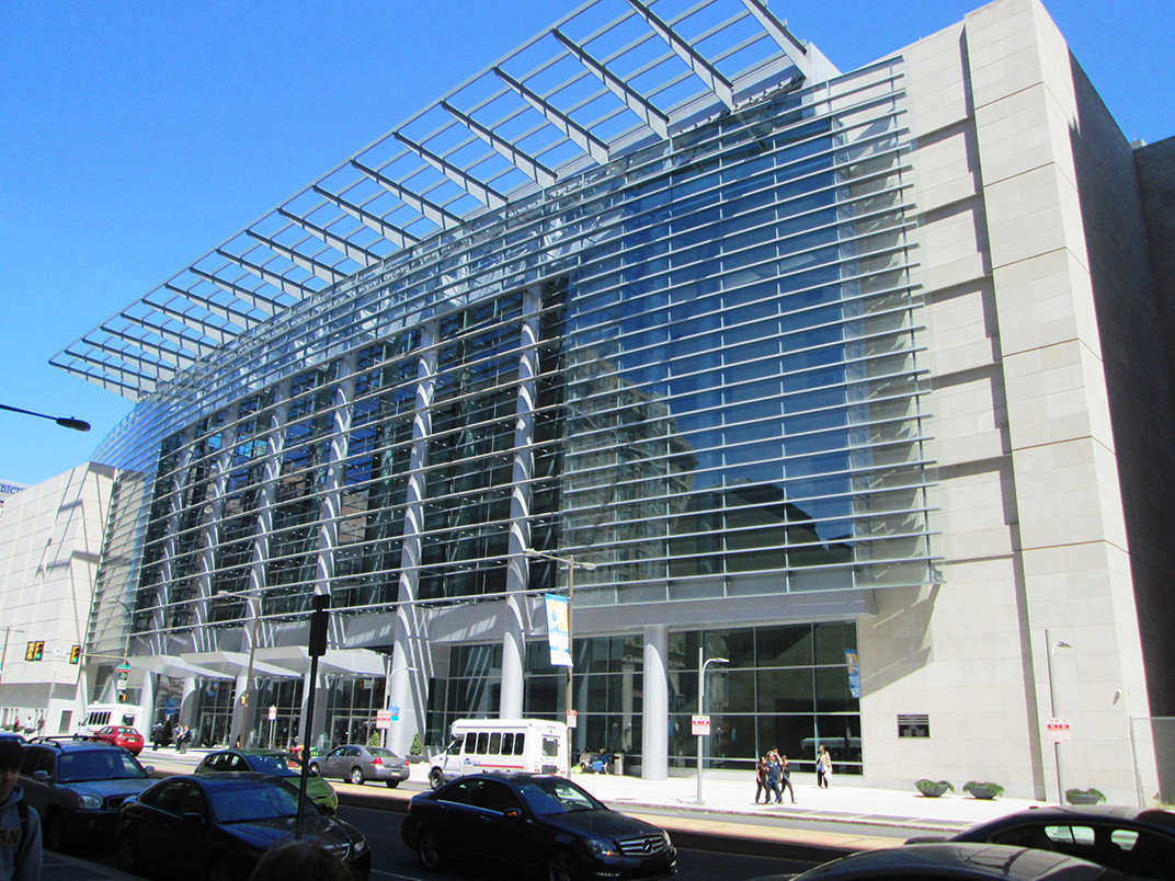Pennyslvania_Convention_Center_N._Broad_St