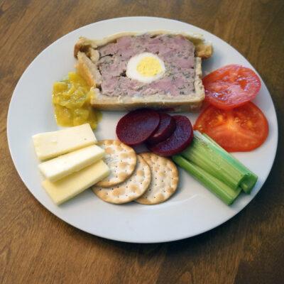 Pork ham and egg pie