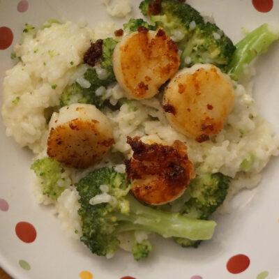 Scallop broccoli risotto